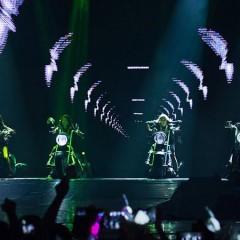 아이돌 코드 : 2NE1의 이중인격