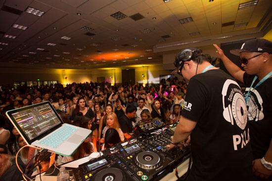 KCON LA 2015