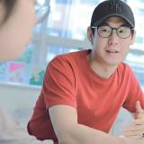 """인터뷰 : 〈아이돌을 인문하다〉의 저자 박지원 – """"누군가를 열렬히 좋아하는 풍경의 감동"""""""